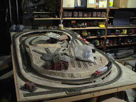 Ho train layouts for small spaces - Ho scale layouts for small spaces concept ...